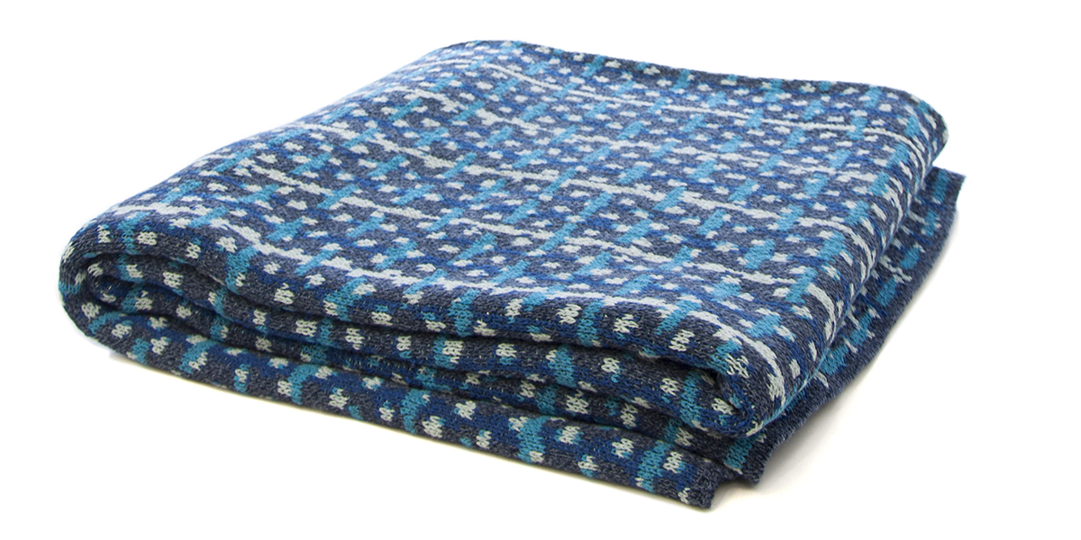 Retro Marled Blue/Marine/Blue Pond/Teal-  <a href='https://www.in2green.com/collections/stacy-garcia-collection/products/eco-retro-throw' style='text-decoration: underline;'>Where to Buy</a>